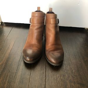 Vince Camuto Beamer Leather Booties